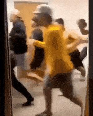 Run scary duckling